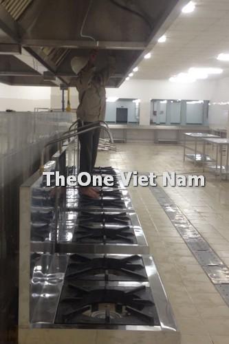 Thi công bếp công nghiệp inox 2 họng, chụp hút mùi